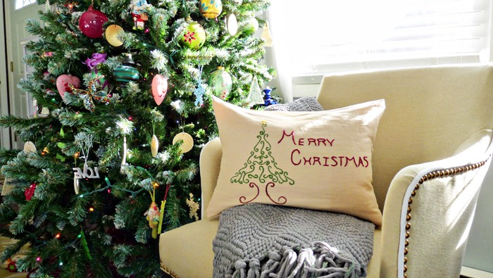 DIY Embroidered Christmas Pillow Finished