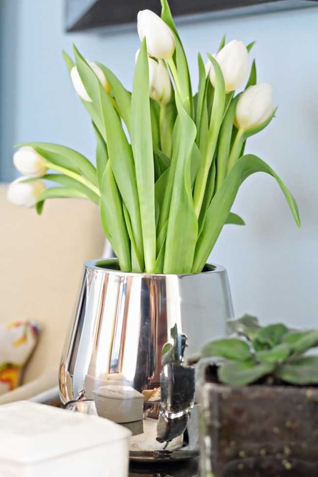 Decorating-for-Spring-with-