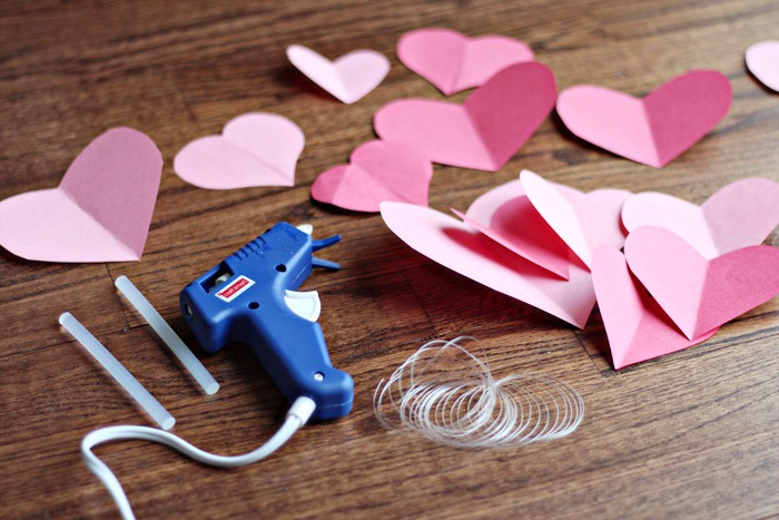 DIY-Valentine-Garland-Step-