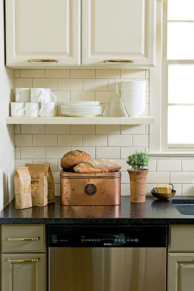 Anne-Turner-Kitchen-Shelf-D