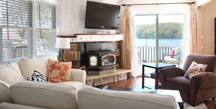 Lake-View-Living-Room
